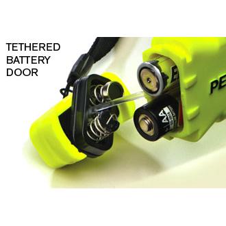 Pelican 3315 LED Flashlight, 3 AA Batteries, 160 Lumens, 6.14� Long