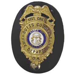 Boston Leather Leather Badge Holder - Oval
