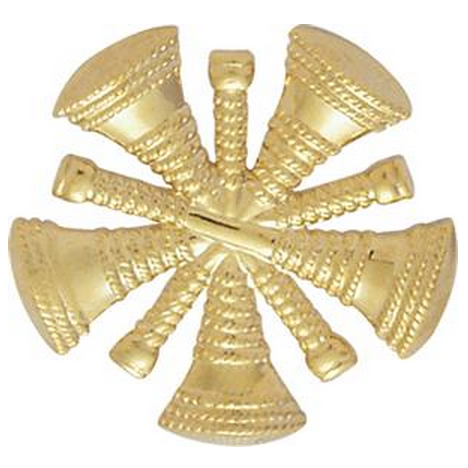 Smith & Warren Hat/Shield Medallion, 5 Crossed Bugles, Di-Cut