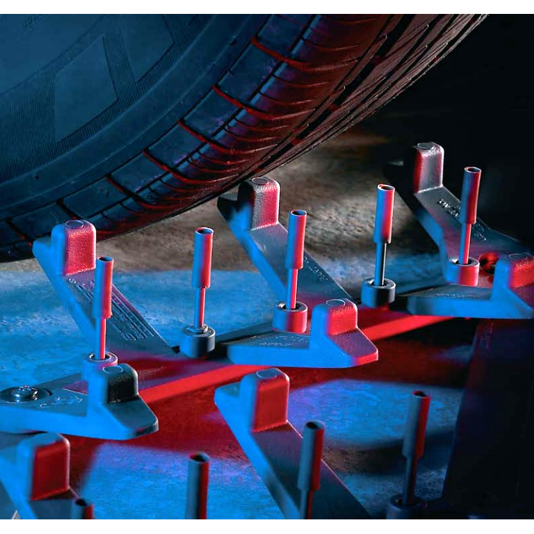 Stinger Spike System Tire Deflation Device